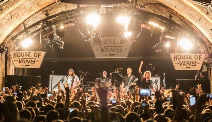 Metallica-live-House-of-Vans-696x401