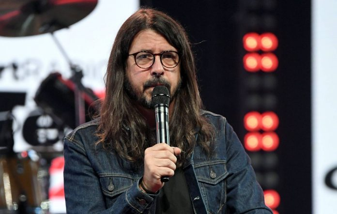 dave-grohl-book-696x442